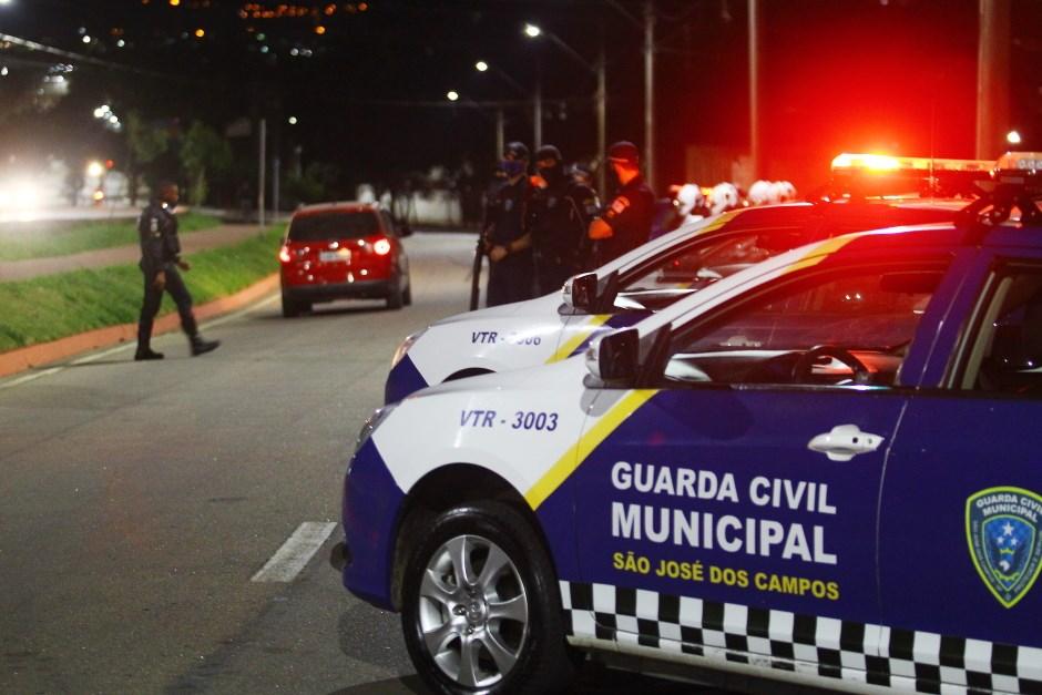 Operação especial da GCM para coibir fluxo do funk e aglomerações e aumentar isolamento social. Foto: Claudio Vieira/PMSJC 26-06-2020