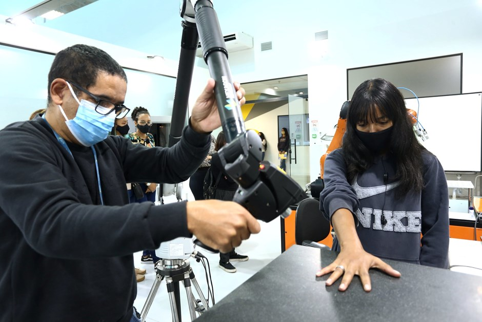 Primeira Chance - Alunos visitam Parque Tecnológico